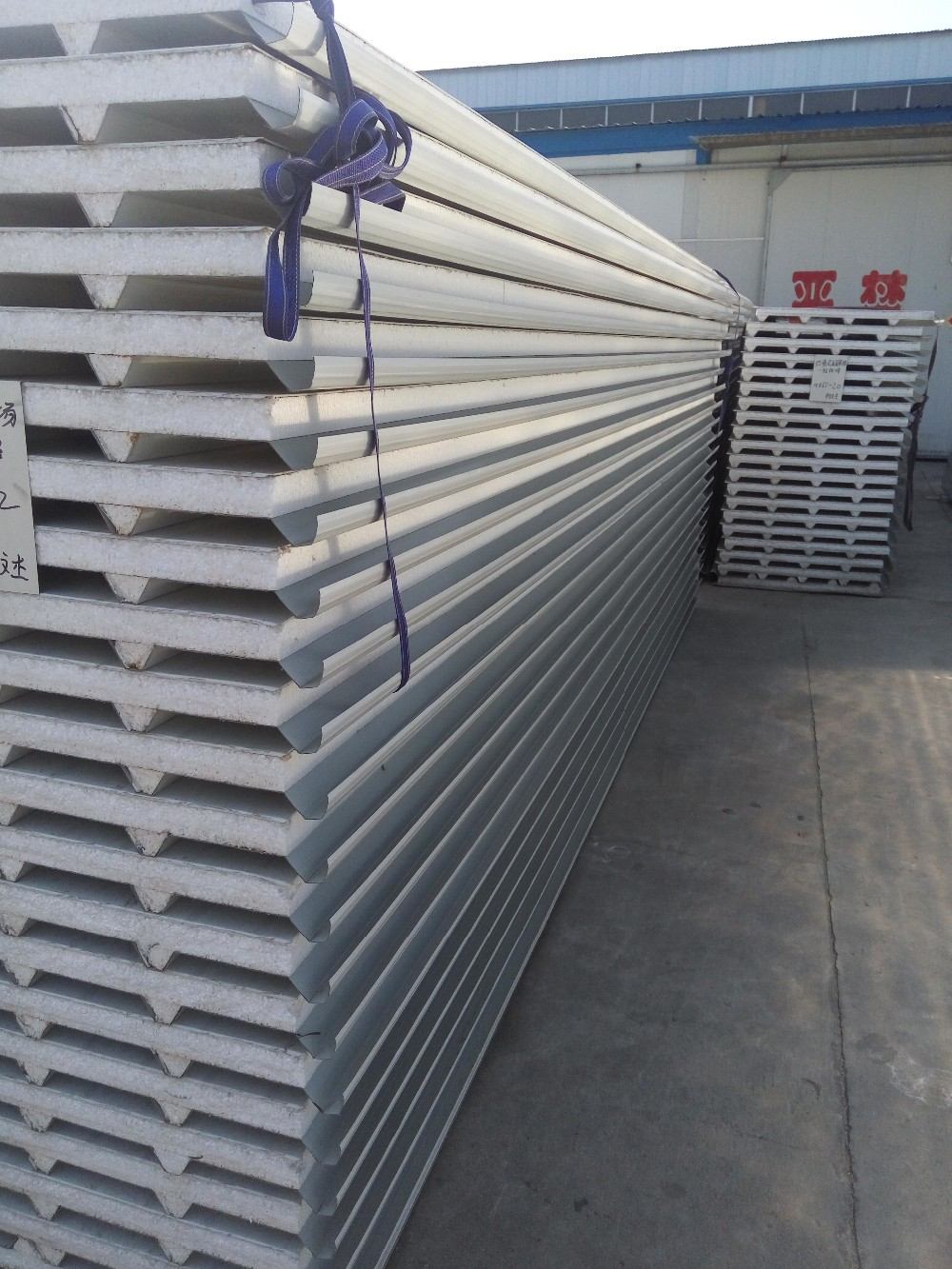 PPGI single title EPS/PU sandwich panel wall and roof for steel construction