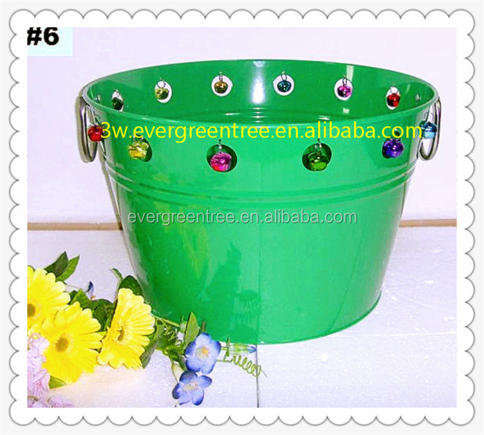 2017 Hot-Sale Galvanized steel Christmas Ice Bucket/Party Tub with Christmas Bells