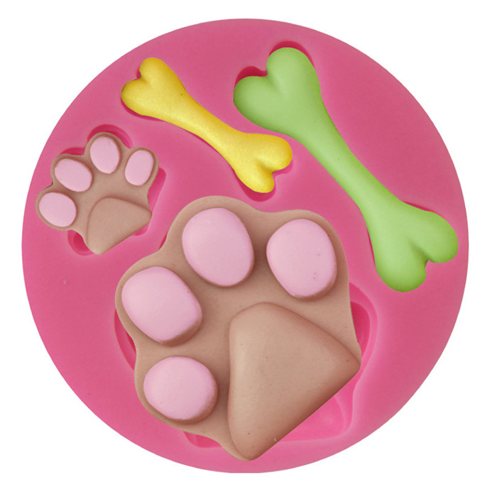 2017 new Assorted Dog Footprints and Bones Silicone Candy Mold for cake decorate ,food grade microwave cake pan
