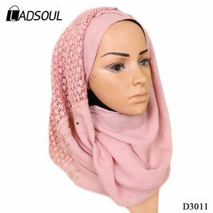 2018 Hot Selling Women's National Style Cotton Lace Fabric Diamond Monochrome Splicing Lace Scarf Hijab