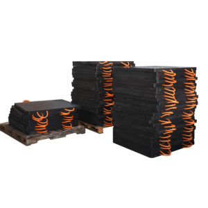 Wood outrigger pads stabilizer leg for heavy equipment outriggers on a 20  tonne crane