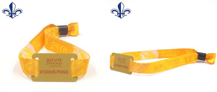 OEM พิมพ์ RFID สายรัดข้อมือโลโก้ Debossed เองพลาสติกแข็งมั่นใจสายรัดข้อมือทอ