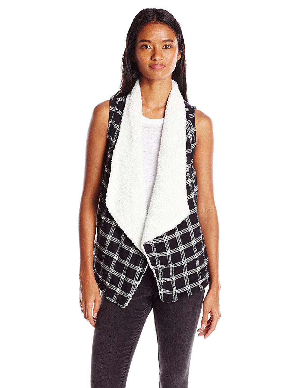a3215941d13946 Derek Heart Juniors Sleeveless Flannel Plaid Vest with Sherpa Collar