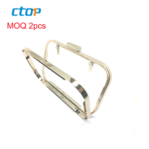 new arrival! Lead-free Light Gold Color Metal Clutch fancy Purse Frame hardware for Bag