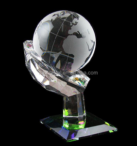 Hand Shape Pedestal Crystal Etched Glass Globe MH-Q0135