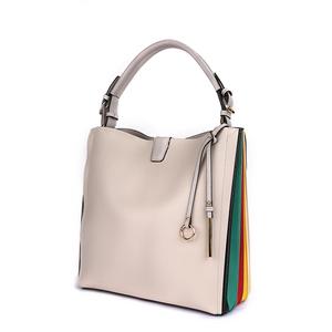 996db13200 Flower Handbag White