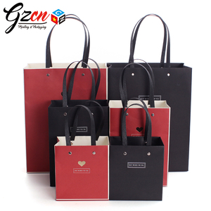 custom size logo with metal nail handle decorative luminaries luxury paper bag for gift