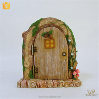 New Products Wholesale Art and Craft Miniature Garden Edging Polyester Resin Fairy Door