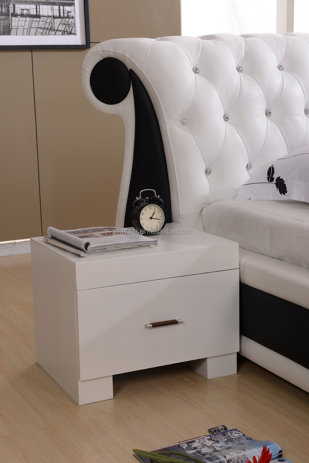 Jepara Furniture Storage Bed King Size Bed Night Stand