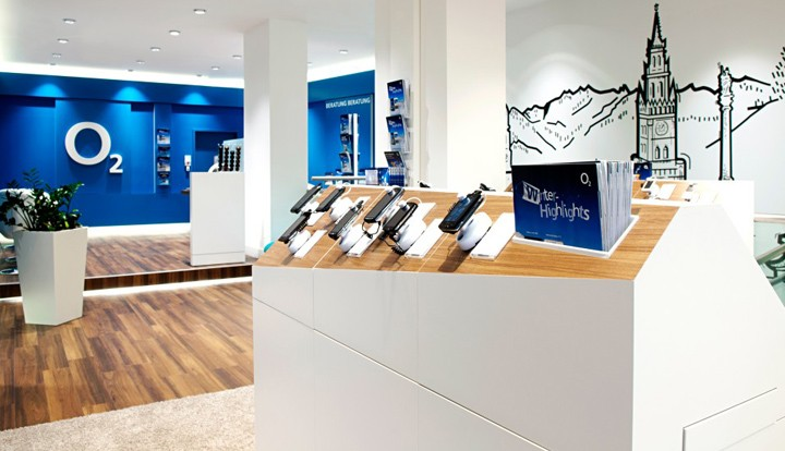 O2-Marketplace-flagship-store-by-hartmannvonsiebenthal-Munich-Germany-03.jpg