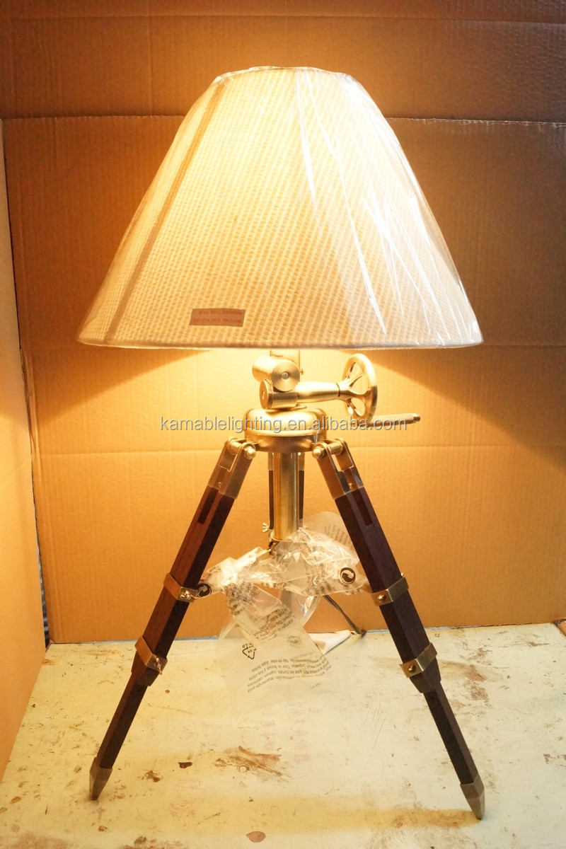 Antique Style Iron Tripod Shape Wood Table Lamps For Decor