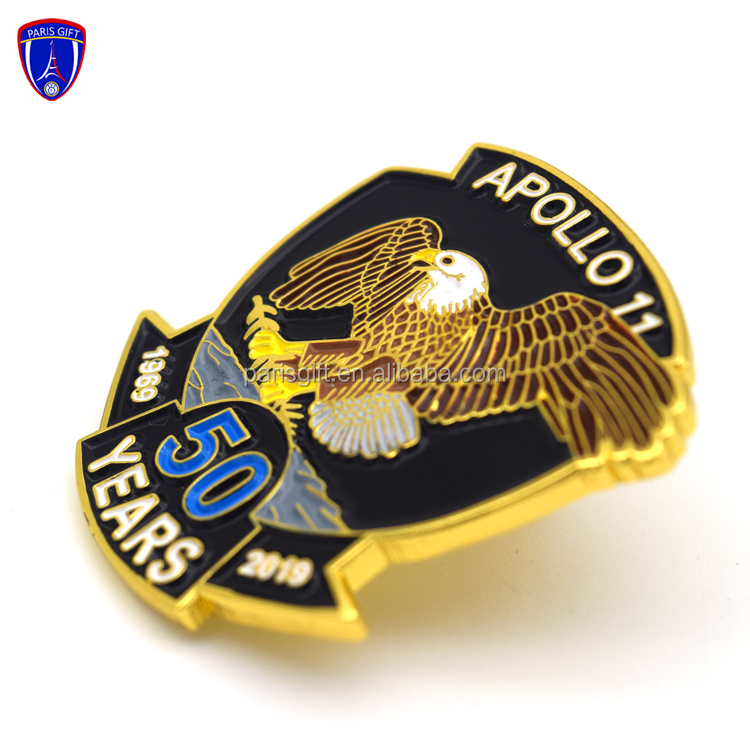 Lion Image Design Rhodium Plated 20mm Lapel Pin