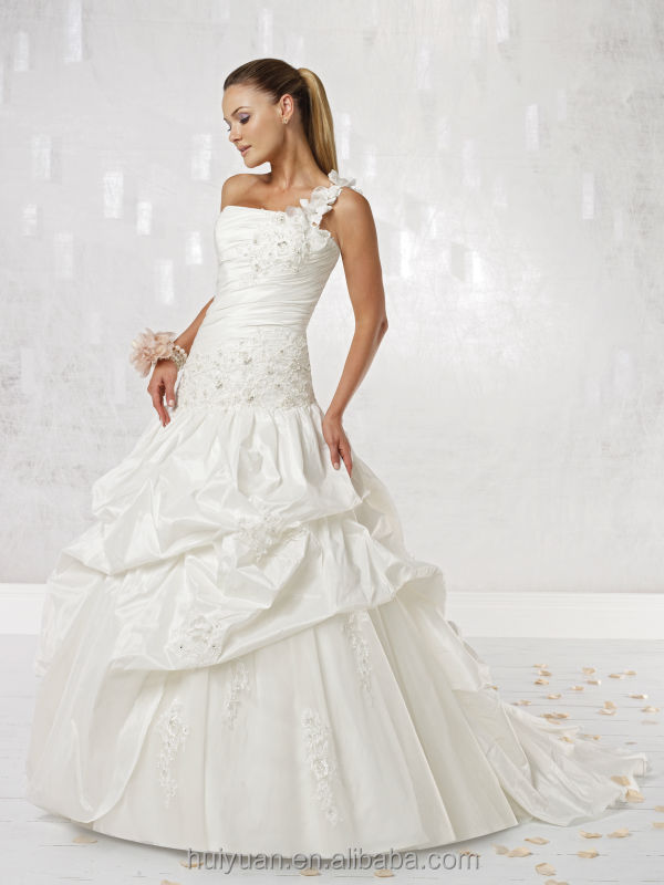 new designer high quality bateau neck lace ball gown one shoulder wedding dress