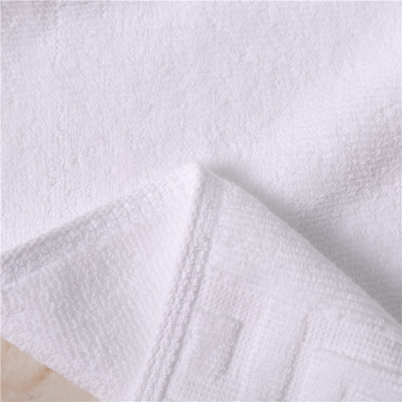 China supplier cheap Pakistan 16s yarn towels bath 100 cotton jacquard towel with embroidery logo