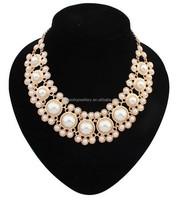 Chunky rose gold finish magnetic clasp pearl necklace