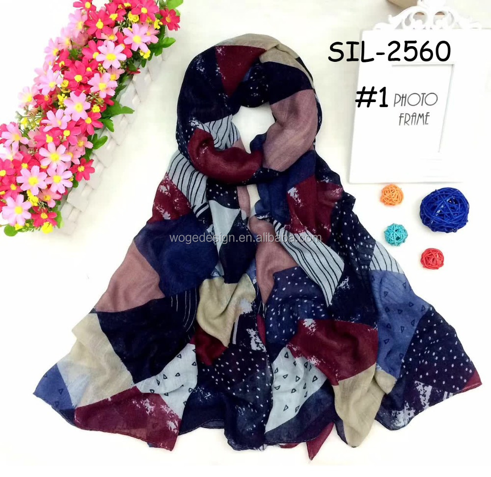 Alibaba B2B premium supply fabulous charming ladies wrap shawl turban echarpe print geometry tassel the latest viscose scarf