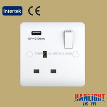 13A 1 Gang Switched Socket With 1x2.A USB Chargers