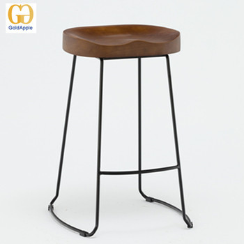 Exceptionnel Vintage Kitchen Stool Timber Seat With Metal Leg, Wood Tractor Bar Stool