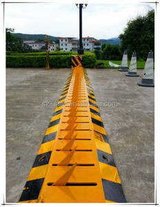 Police traffic safety traffic remote control spikes/ tire killer/ remote control barrier