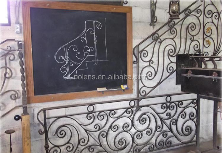 Iron balcony railings designs wrought iron window balcony for Balcony safety grill designs