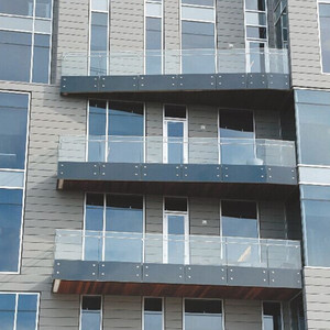 frameless laminated glass 6mm aluminium post for decking / balcony