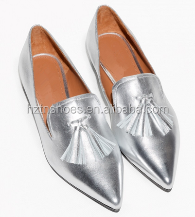 Latest Model Fashion Ladies Tassel Loafer Shoes Cheap Silver Dress Shoes