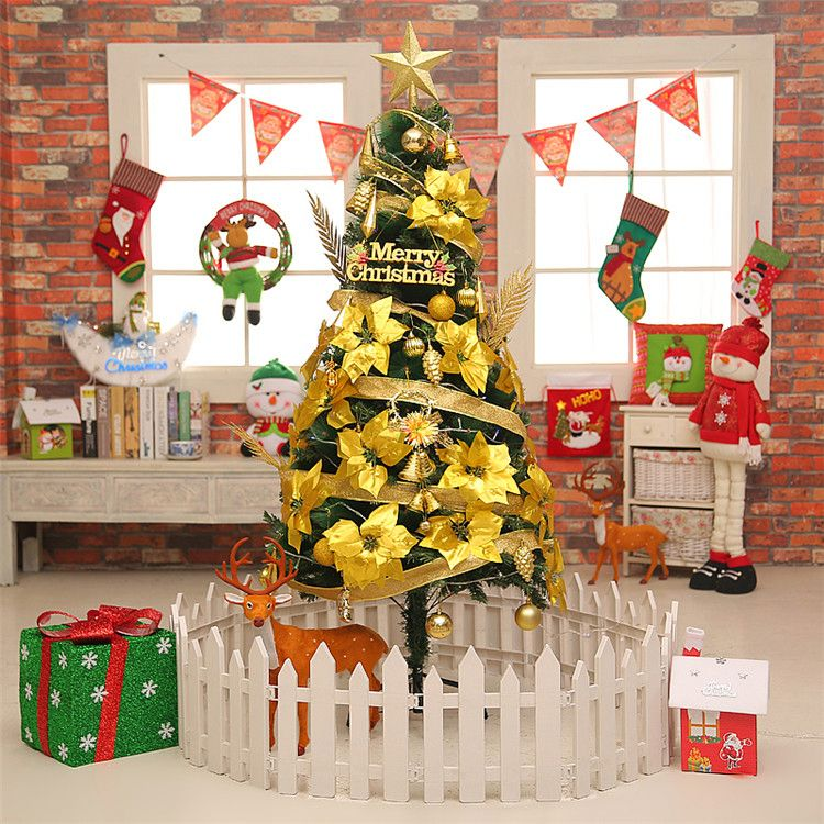 Top fashion good quality outdoor christmas tree manufacturer sale