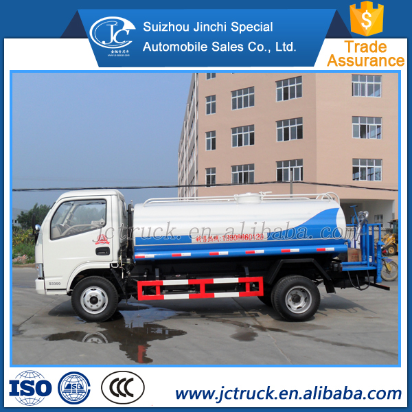 Manual transmission type and Diesel engine truck water tank 5000 liters capacity