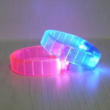 2016 New style event&party multi-color LED bracelet remote control for concert