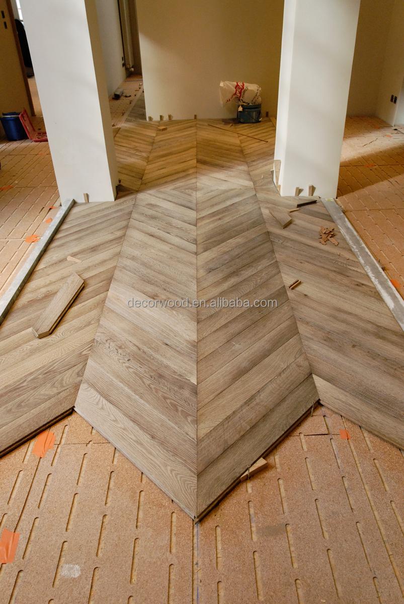 European Popular Parquet Chevron Engineered Wood Flooring