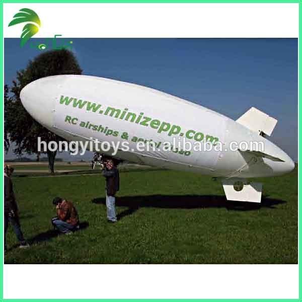 ballon dirigeable geant