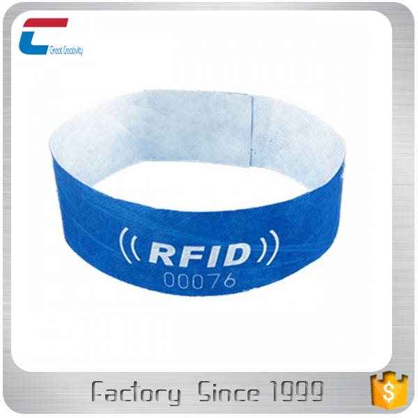 Customized Disposable one time use RFID Wristbands with NTAG 213 NTAG 216 Chips