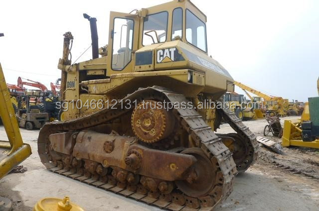 Caterpillar D9N dozer
