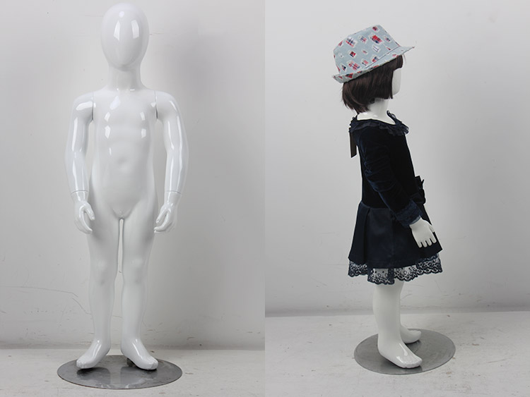 Display Boy and girl sitting child kids baby mannequin