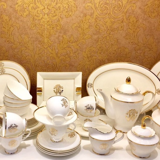 Commercio all'ingrosso di Fine Bone China Set di Stoviglie Da Tavola In Ceramica Set Di 61 pz design di lusso per la casa