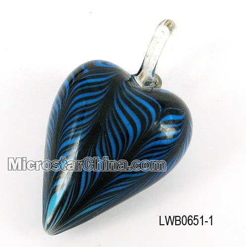 Heart lampwork glass pendant