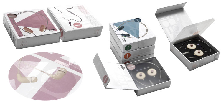 Guangdong factory magnet closure custom wireless headphone box with own logo printing