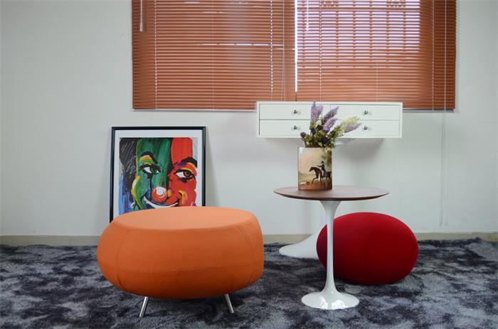 Modern Fiberglass Pebble Stool For Living Room