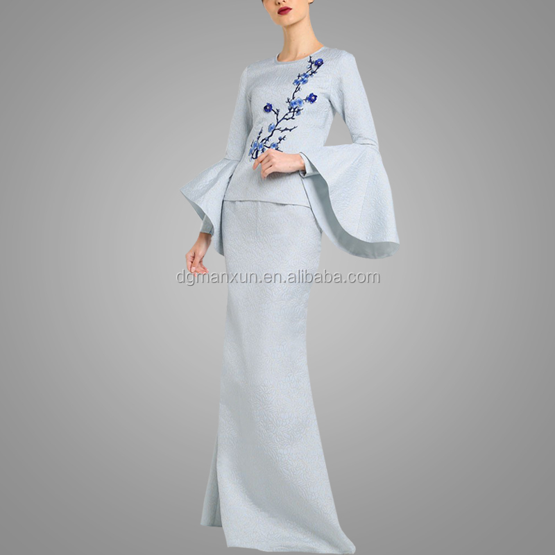 Latest Abaya Designs Elegant Popular Flare Sleeve Baju Kurung High Quality Embroidery Malaysia Abaya For Women