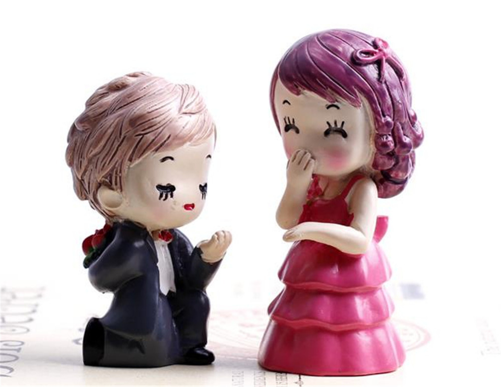 Free shipping kids toys for girls and boys Marriage toys action anime figure brinquedo doll micro landscape new year gift