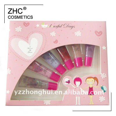 ZH2145 6 shimmering lip gloss tube makeup kit for kids