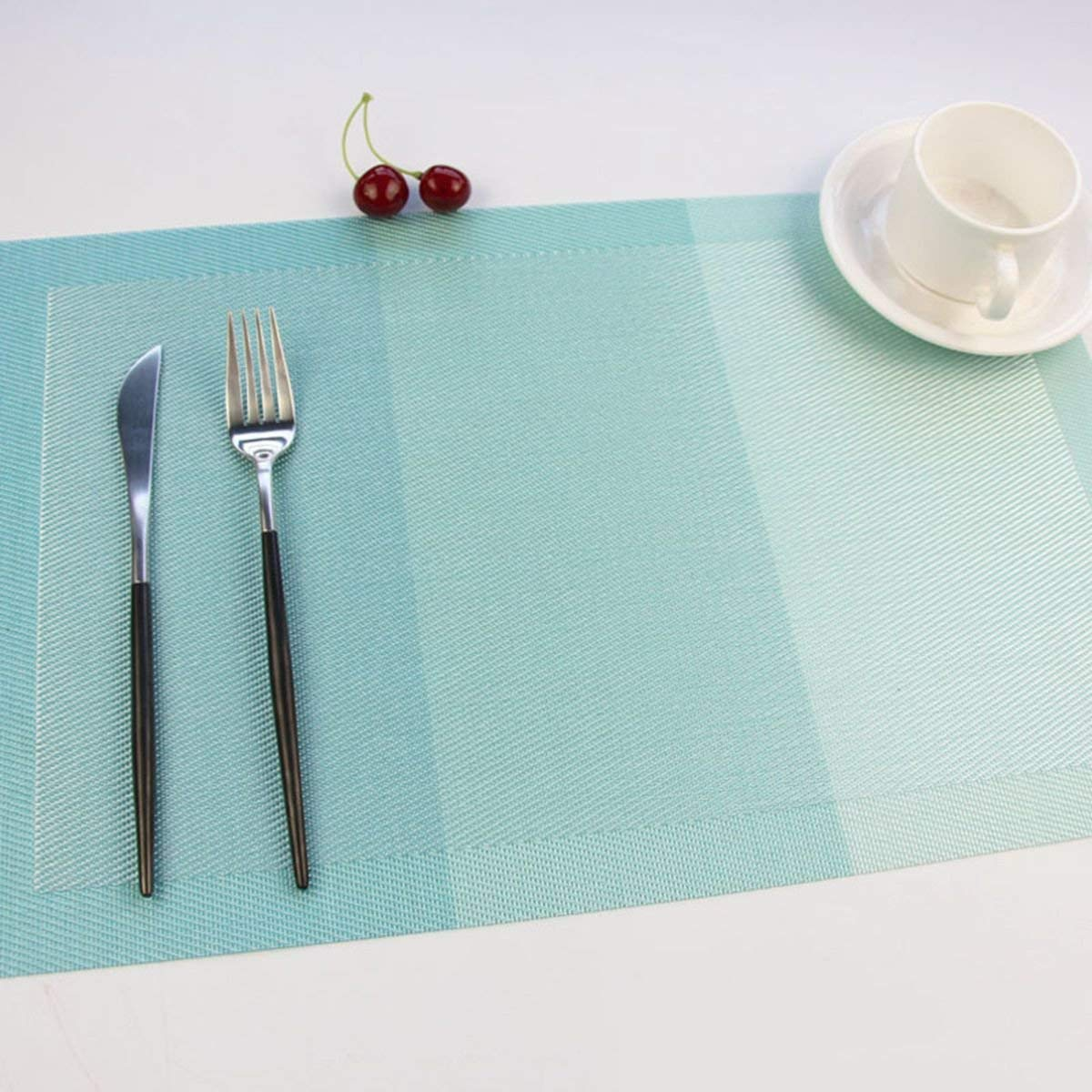 Yo FUN Waterproof Placemats Washable Non-Slip 45x30CM Rectangle Table Mats Set of 4 PVC Heat-Insulation Placemat Decoration for Home, Kitchen, Hotel - Blue