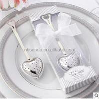 Wholesale Wedding Favor Elegant White Gift Box Packed Tea Time Heart Tea Infuser