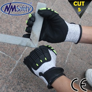 NMSAFETY high anti cut kong impact resistant glove tpr chips on back