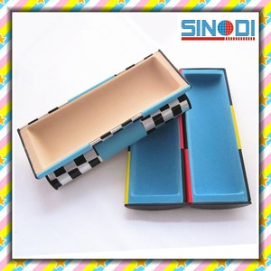 new design plastic rotatable magic glasses case