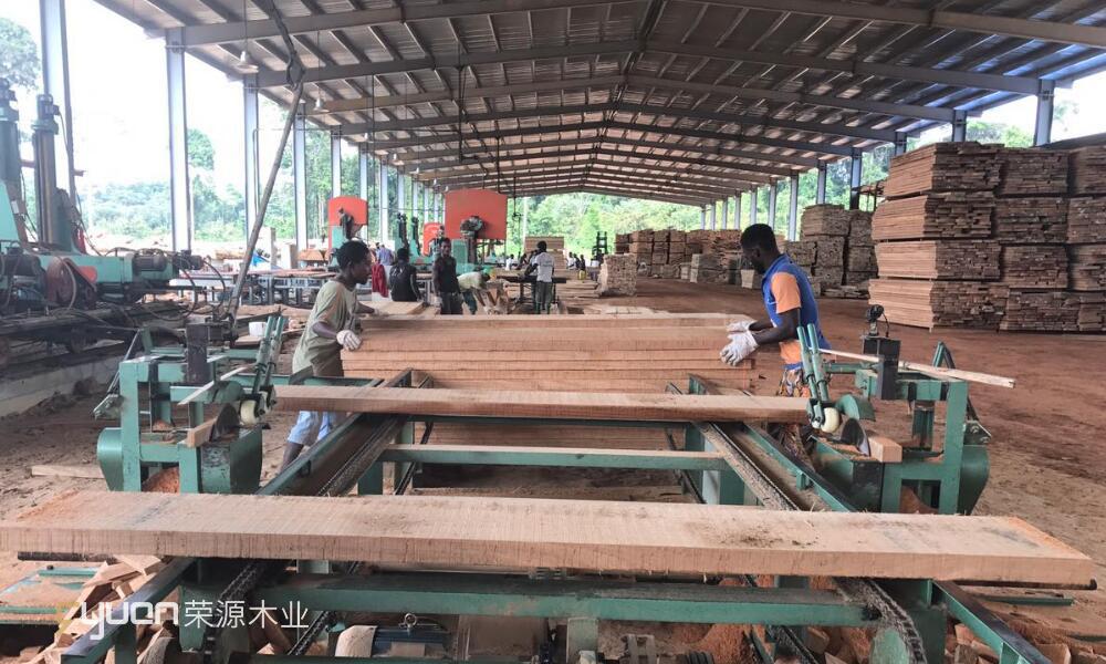 غابون خشب الورد الأخشاب السعر المنخفض مع مواد تغطية الأرضيات Dibetou