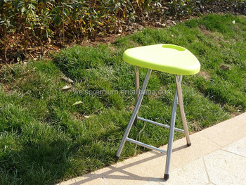 Swell Strong And Durable 45H Metal Leg And Plastic Triangle Folding Stool Buy Folding Stool Folding Three Legged Stool Folding Metal Step Stool Product On Unemploymentrelief Wooden Chair Designs For Living Room Unemploymentrelieforg
