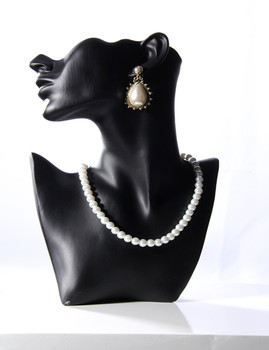 Bust Mannequin Displaying Earrings Necklace H1081