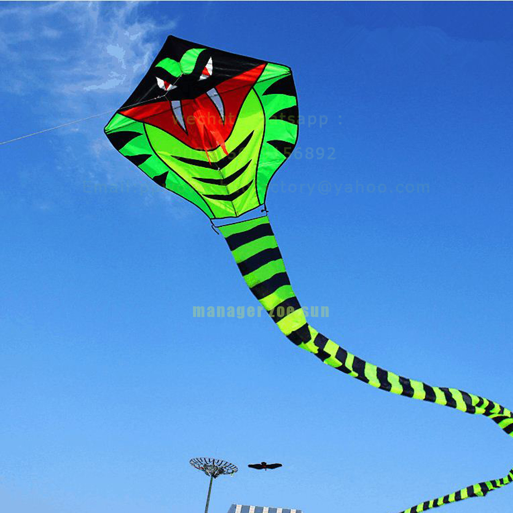 cheap Easy flying snake animal kite with kite reel for gift