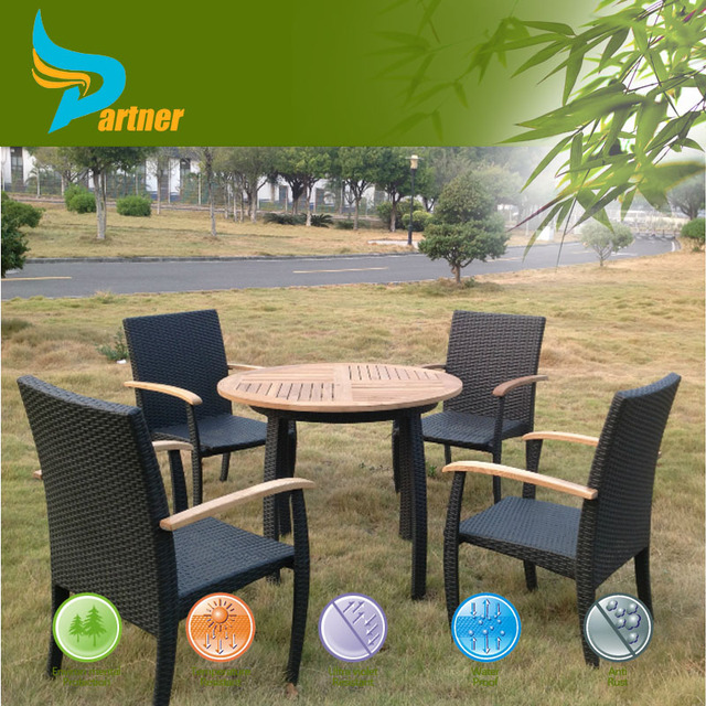 Used Teak Garden Furniture Round Table And Chairs In Rattan Material